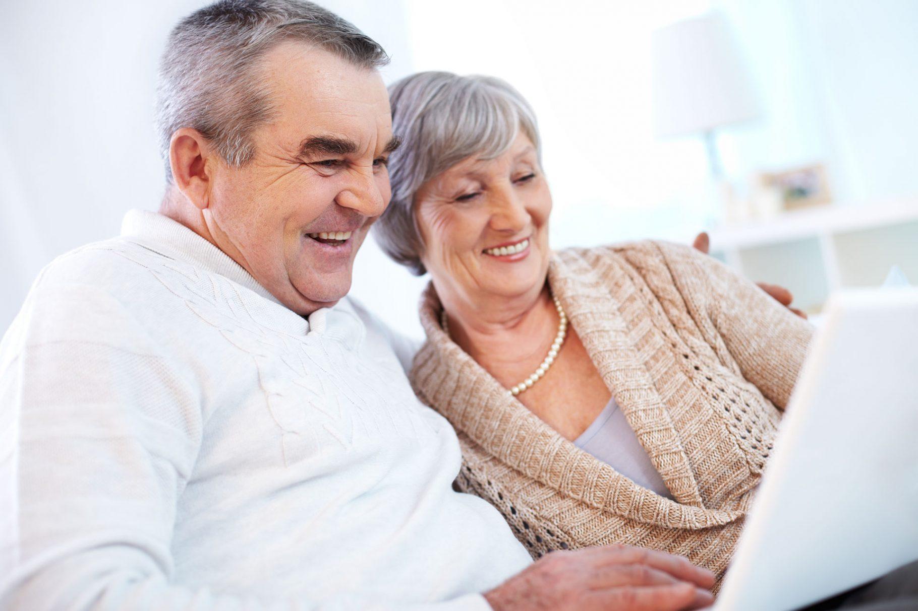 Изкуство без възраст: компютърни класове за пенсионери